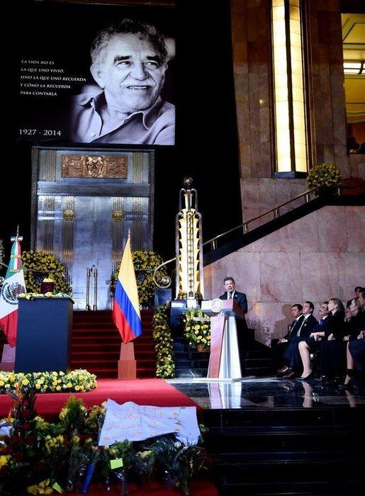 Gabriel Garcia Marquez cenazesinden kareler