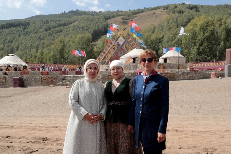 Emine Erdoğan Kırçın Yaylası'nı ziyaret etti