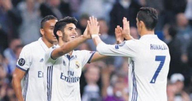 Ronaldo sussa da Real Madrid coştu