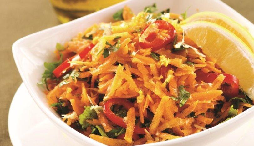 Zencefilli havuç salatası