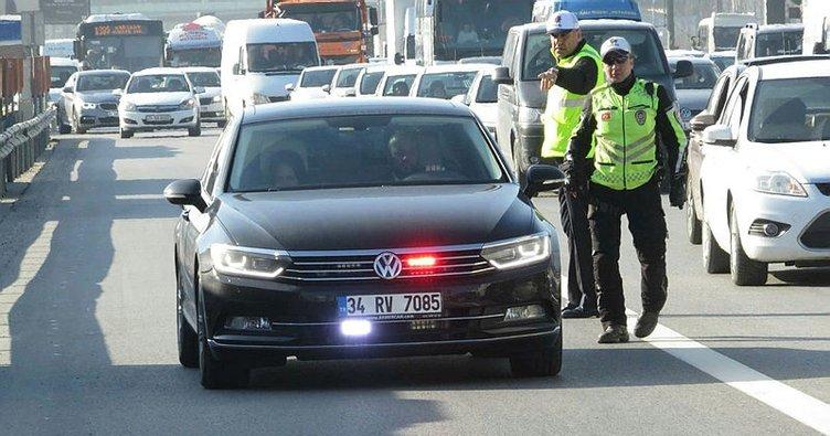 81 ilde 'çakar lamba' uygulaması: 46 sürücüye ceza