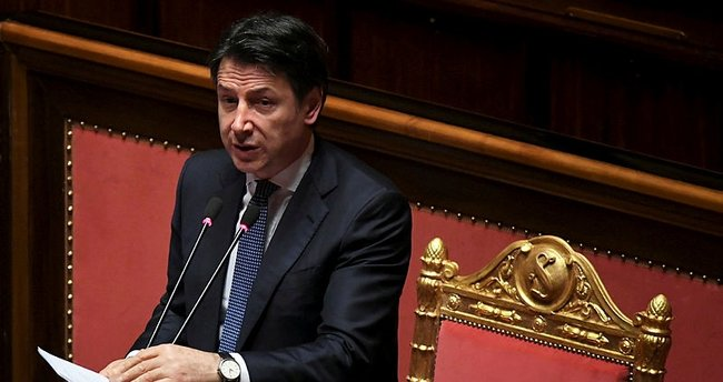 İtalya, Kovid-19'a karşı ekonomik dayanışma göstermeyen AB'yi eleştirdi