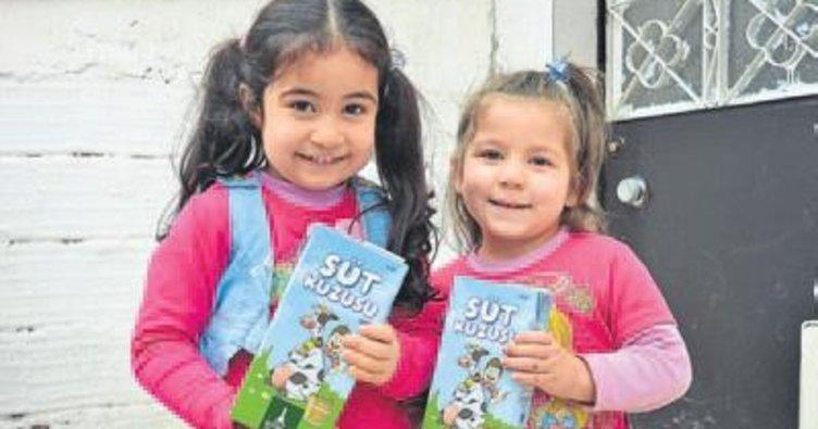 Mülteci çocukları 'süt kuzusu' oldu