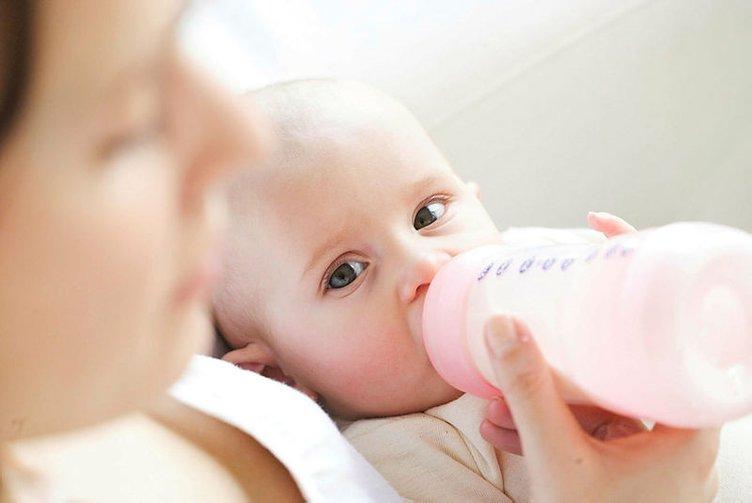 Bebeğinizin kusmasının sebebi bu hastalık olabilir!