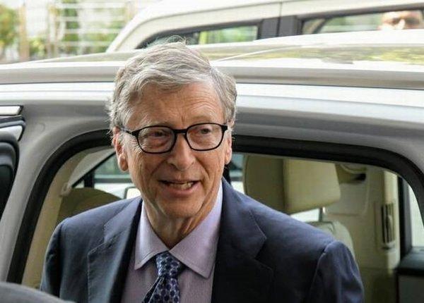 Bill Gates neden servetini çocuklarına bağışlamıyor?