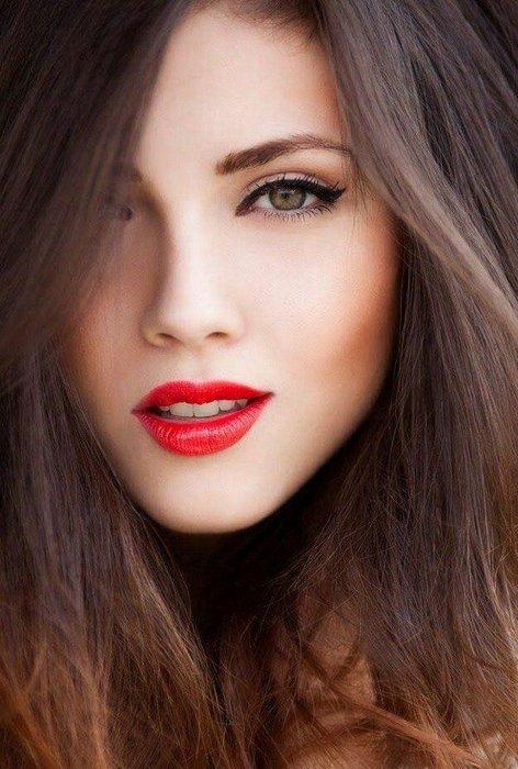 Mevsim kış ise dudaklardaki renk ne?