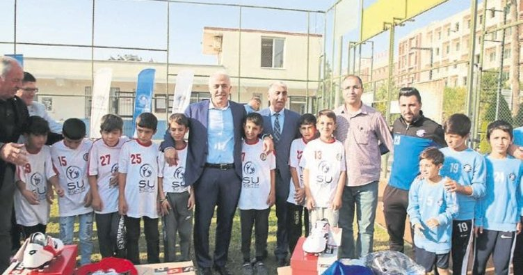 Akdeniz'de amatör kulüplerine destek
