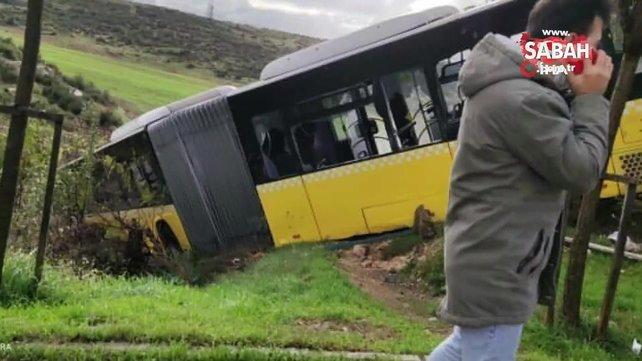 Son dakika! İstanbul Kayaşehir'de yoldan çıkan İETT otobüsü yolun kenarındaki boş araziye uçtu | Video