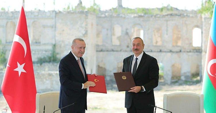 Son dakika: Başkan Erdoğan ve Aliyev Şuşa beyannamesini imzaladı!