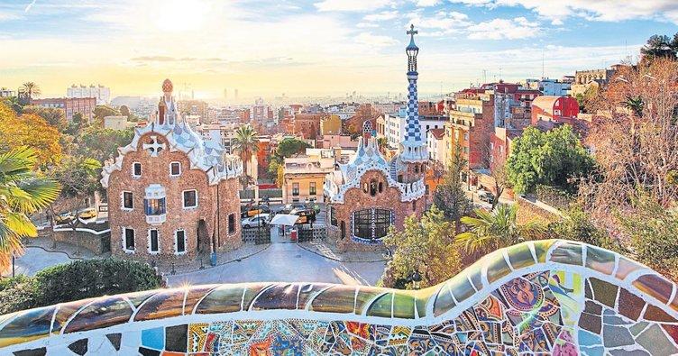 Barselona rengarenk, cıvıl cıvıl