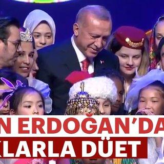 Başkan Erdoğan'dan çocuklarla düet