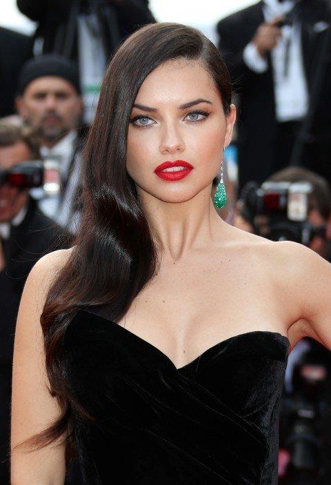 Adriana Lima'dan hayran bırakacak pozlar!
