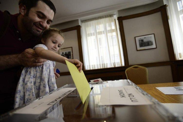 AK Parti tek başına iktidar olabilecek mi? İşte son anket
