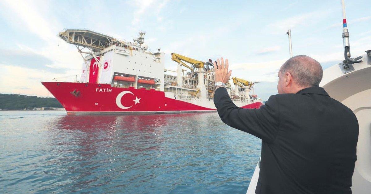 Fatih sismik araştırma gemimiz