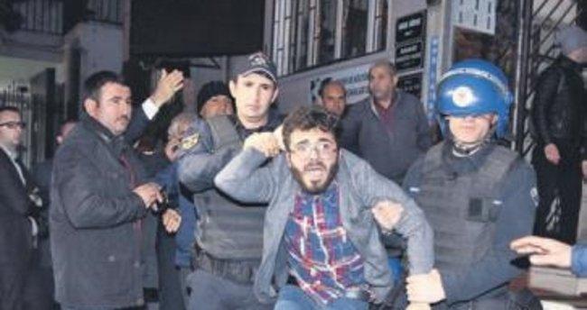 Terör derneği kapatıldı, yedi kişi gözaltında