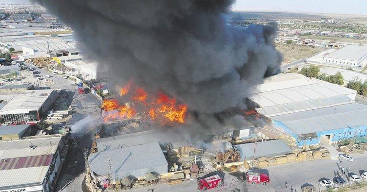 Alevler 9 işyerini kül etti