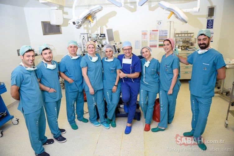 Neşterli kahramanlar... Ameliyathanede hayatla aradaki perde kalkar