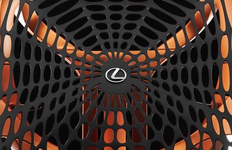 Lexus'tan ilginç koltuk