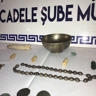 Mardin`de tarihi eserler ele geçirildi