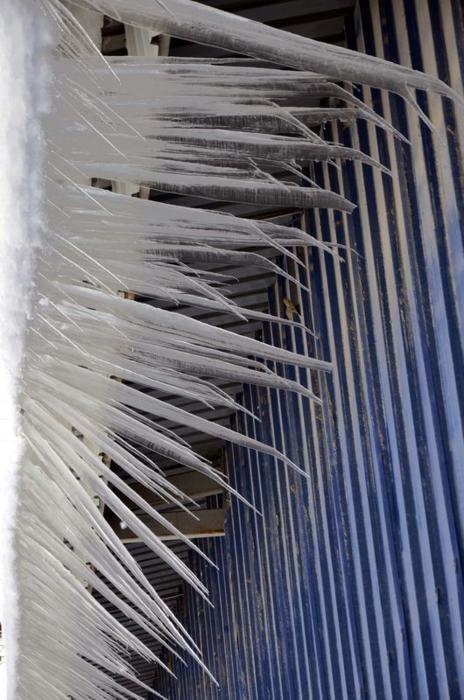 Van'da buz sarkıtları
