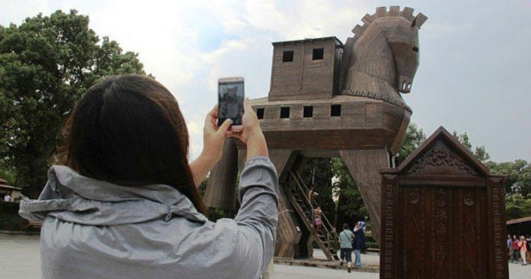 Troia'yı bir yılda 329 bin kişi ziyaret etti