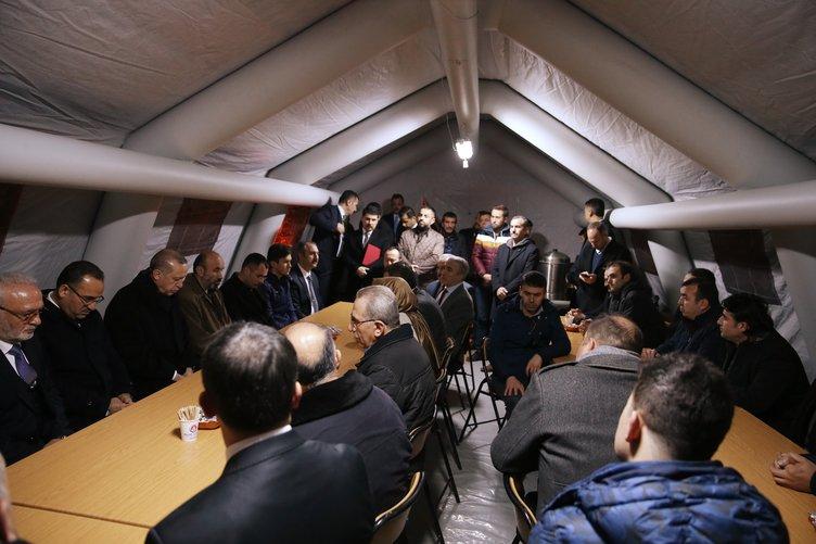 Cumhurbaşkanı Erdoğan'dan şehit Özalkan'ın ailesine taziye ziyareti