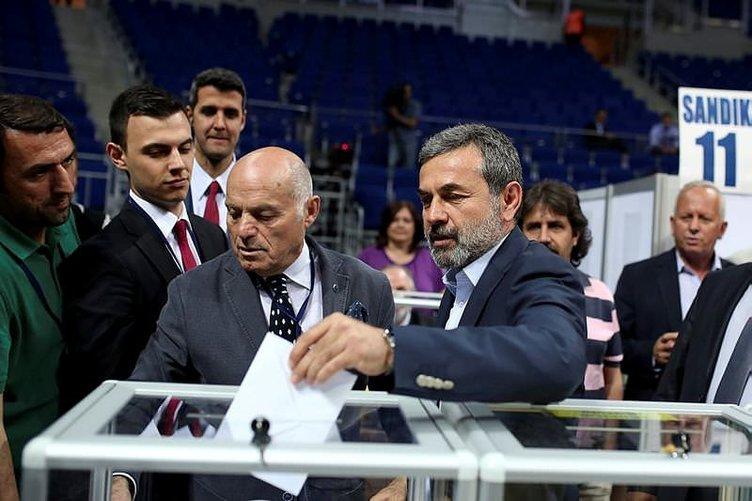 Fenerbahçe'de Aykut Kocaman bombası!