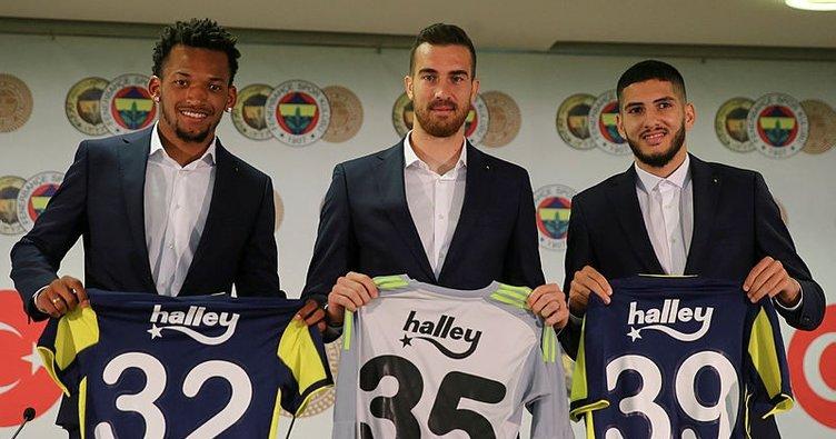 Fenerbahçe'de Harun, Jailson ve Benzia için imza töreni düzenlendi