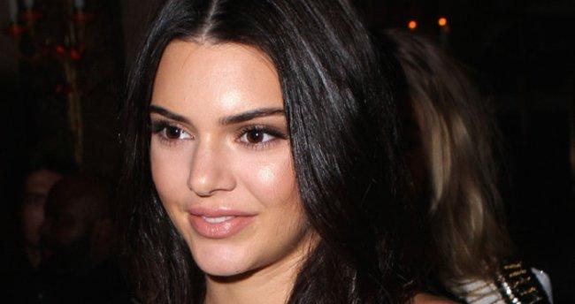 Kendal Jenner sosyal medyadan ayrıldı