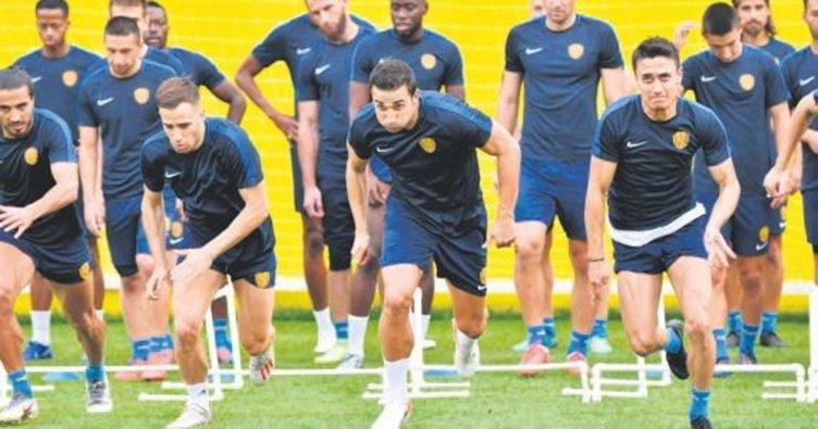 Konyaspor hazırlıkları başladı