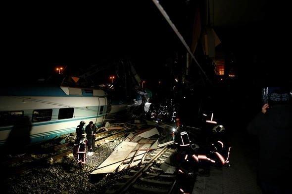 Ankara'da tren kazası! Ankara Valiliği'nden son dakika açıklaması: Ölü sayısı...