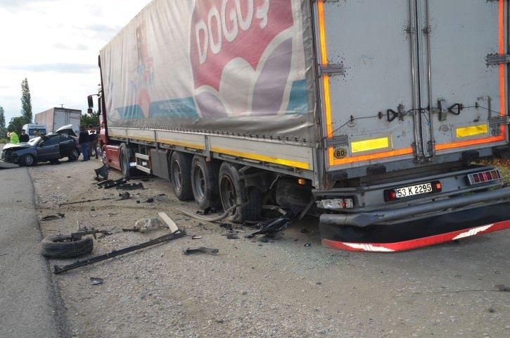 Kastamonu'da trafik kazası: 2 ölü!