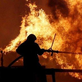 Son dakika: Vietnam'da 736 dairelik sitede yangın çıktı