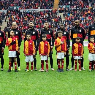 SON DAKİKA HABER! Galatasaray'da bomba transfer gelişmesi! Yıldız stoperden şok Galatasaray açıklaması...