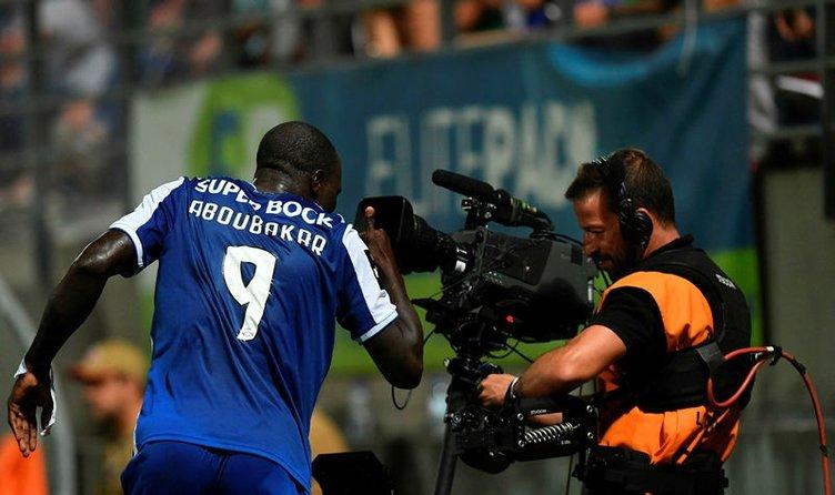 Aboubakar teklifi kabul etti