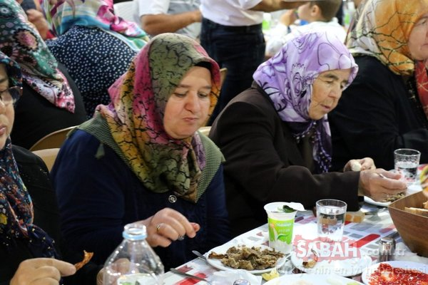 Ramazan'da onu yemek için akın akın geliyorlar!