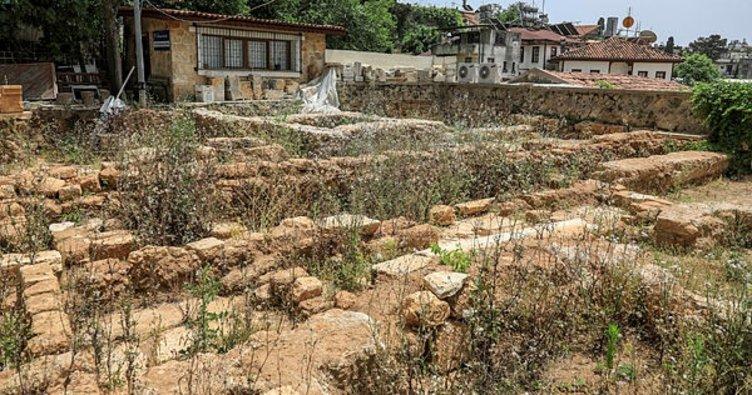 790 yıllık Yivli Minare'deki çalışmalarda 40 mezar bulundu