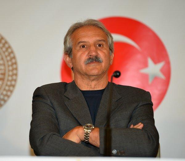 Fenerbahçe'de ilk kriz