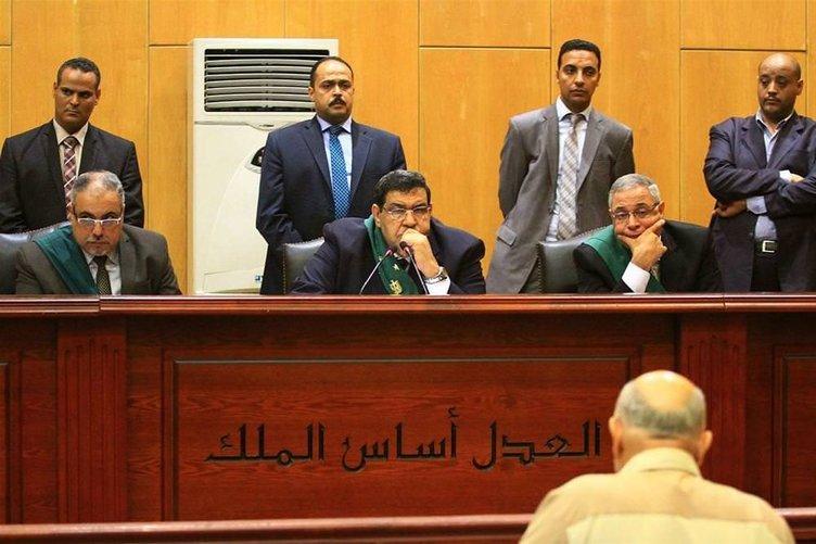 Mursi mahkemede