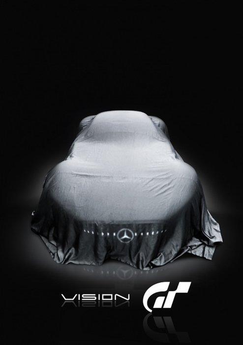 Mercedes bombayı patlattı