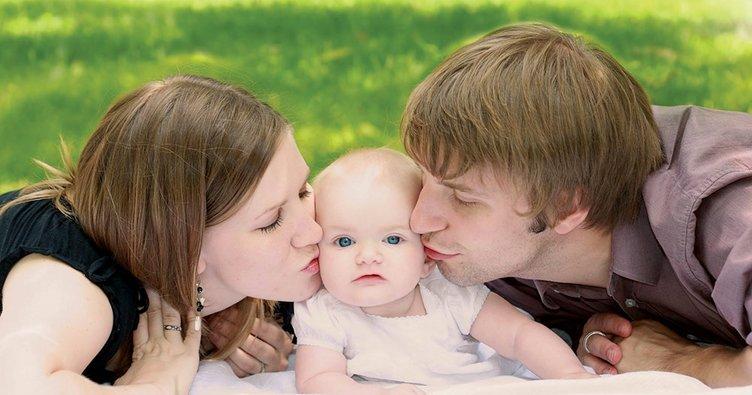 Sevgi, fırça darbeleri gibi çocuğun gelişen ruhunda iz bırakır...