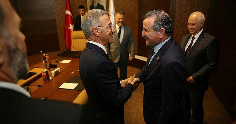 Bakan Bak, Trabzonspor yönetimini kabul etti