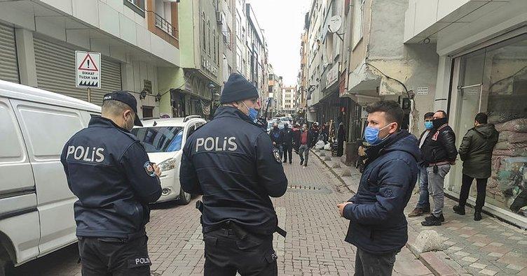 Zeytinburnu'nda silahlı sopalı kavga: 2 yaralı