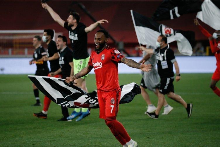 Son dakika: Beşiktaş'ın kupa şampiyonluğu sonrası flaş sözler! Hagi, Alex ve Sergen Yalçın'dan sonra...