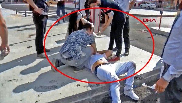 Son Dakika Haberi   İstanbul'da otogarda dehşet! Kanlar içinde kaldı   Video