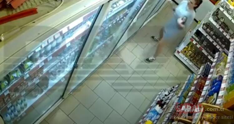 Şoke eden görüntüler! Genç kadın çaldığı ürünleri iç çamaşırına sakladı
