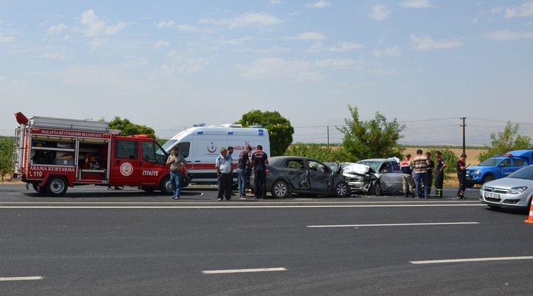 Minibüs uçuruma yuvarlandı: 8 kişi hayatını kaybetti
