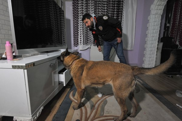 Bursa'da 4 bin polisle uyuşturucu ve terör operasyonu
