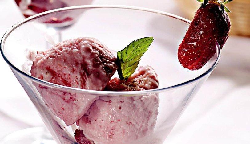 Çilekli Dondurma