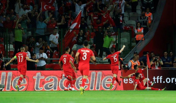 Türkiye - Fransa maçından kareler